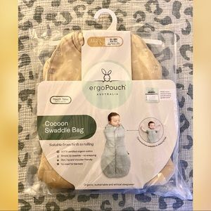 Ergopouch baby sleeping bag. 0-3months. 2.5tog.